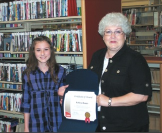 Hindman Elementary student wins Grandparent Essay Contest