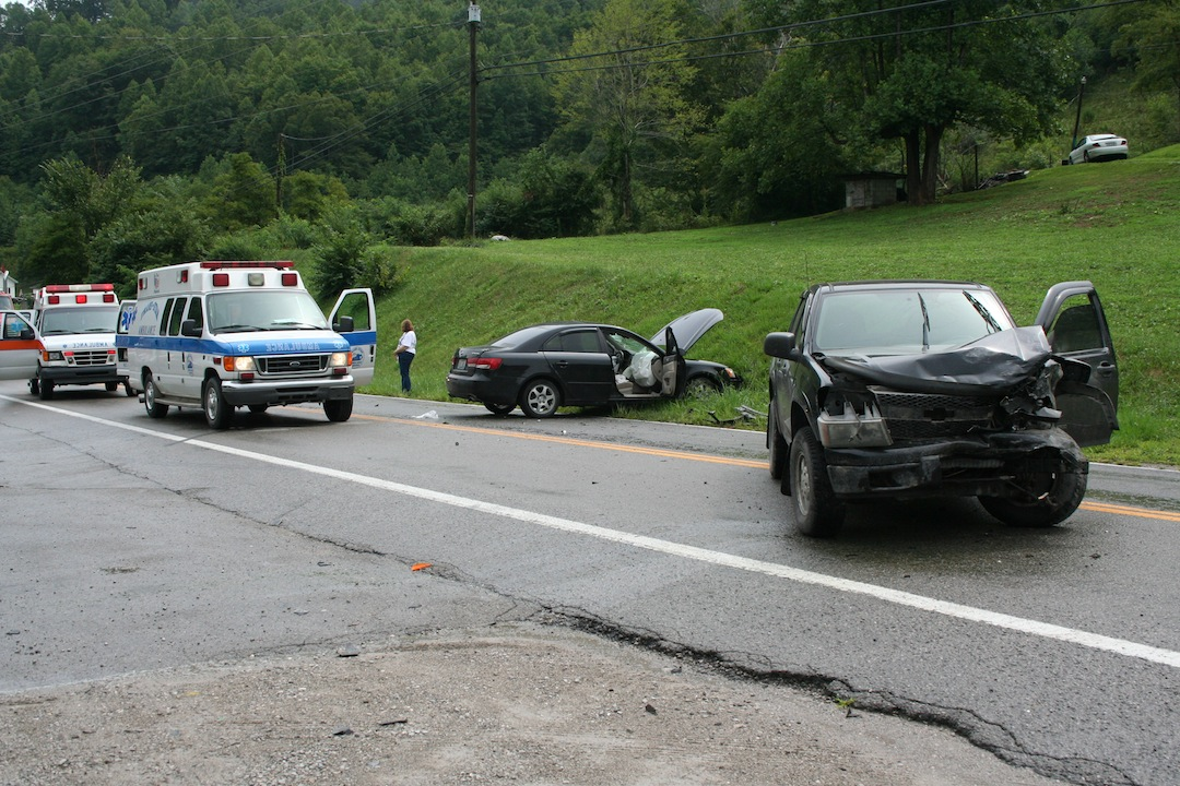 Woman flown out from Beaver Creek crash – Troublesome Creek Times